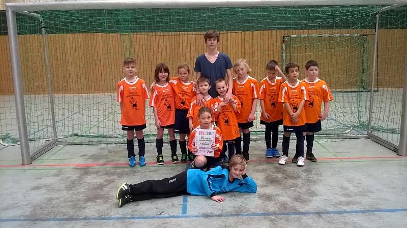 F-Jugend : Toller 6. Platz beim Turnier in Halle-Neustadt