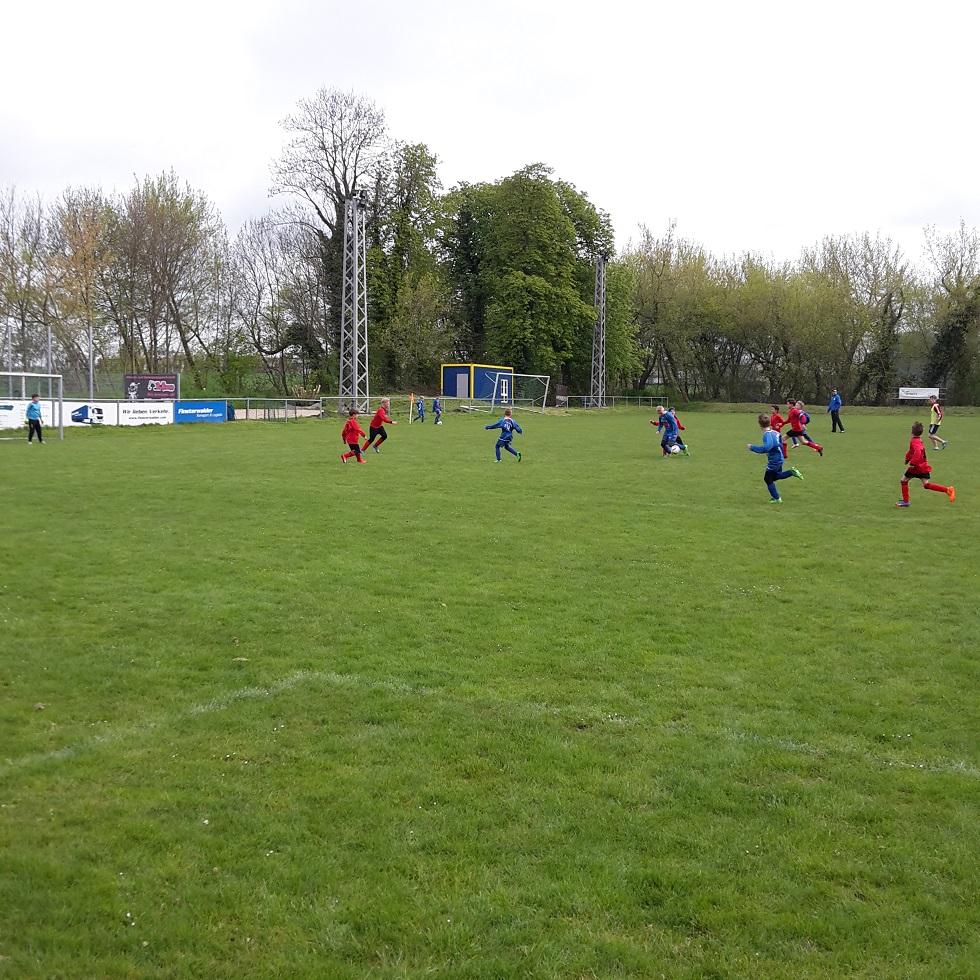 "E-Jugend : SV ""Eintracht"" Gröbers - FSV Dieskau 05                        3:2"