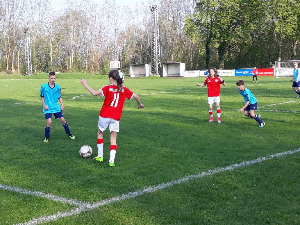 Freundschaftsspiel D-Jugend: Eintracht Gröbers - HFC D-Juniorinnen
